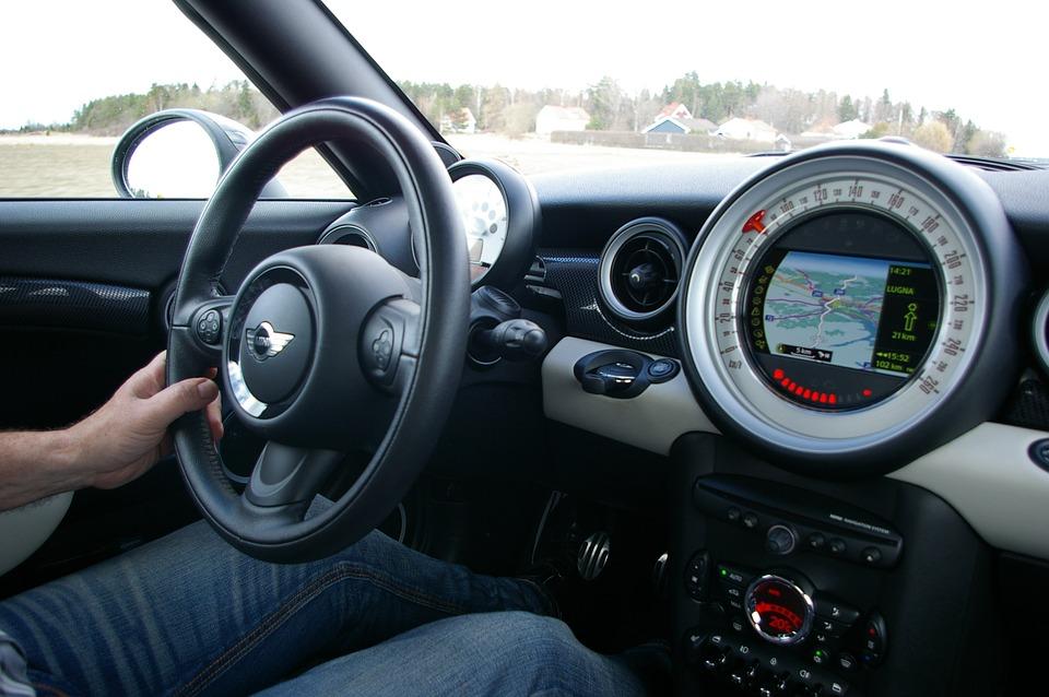 driver-739899_960_720