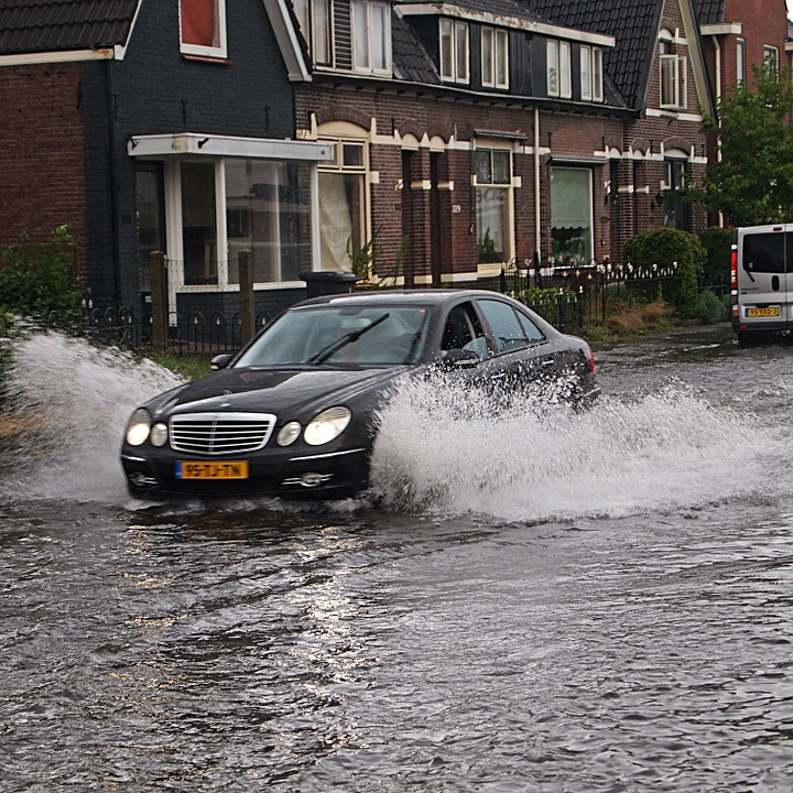 vehicle in flood water